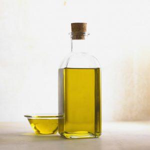Olivenöl ist besonders gut für die Haut.